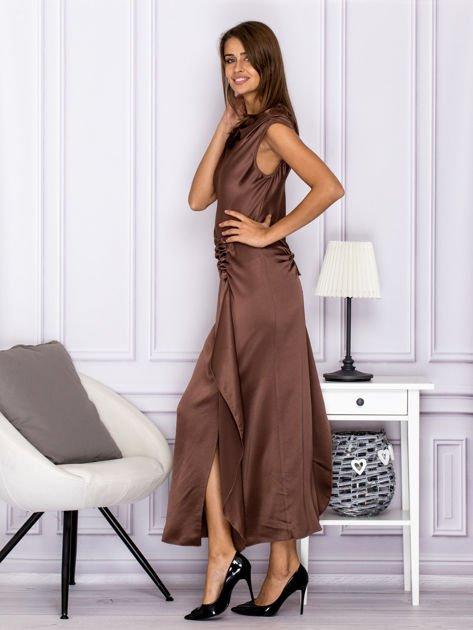 Brązowa długa sukienka z falbaną                              zdj.                              5