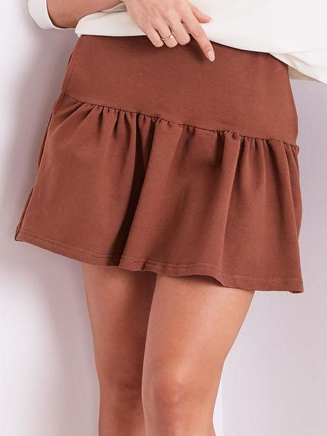 Brązowa dresowa spódnica z falbaną                               zdj.                              1