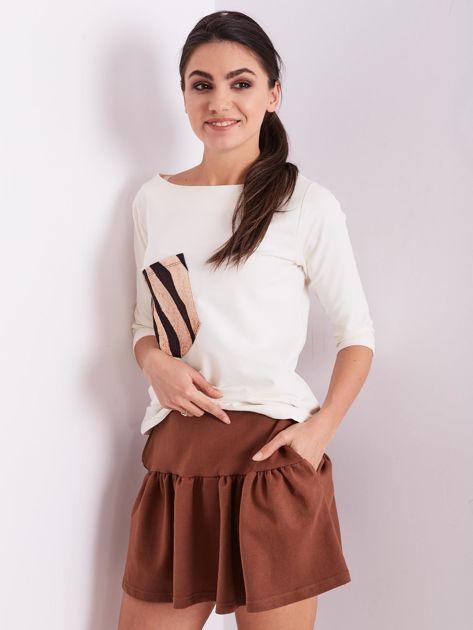 Brązowa dresowa spódnica z falbaną                               zdj.                              3