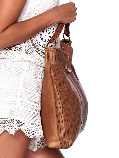 Brązowa duża torba z ażurowaniem i odpinanym paskiem                              zdj.                              3