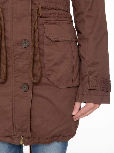 Brązowa kurtka typu parka z futrzanym kapturem                                  zdj.                                  7