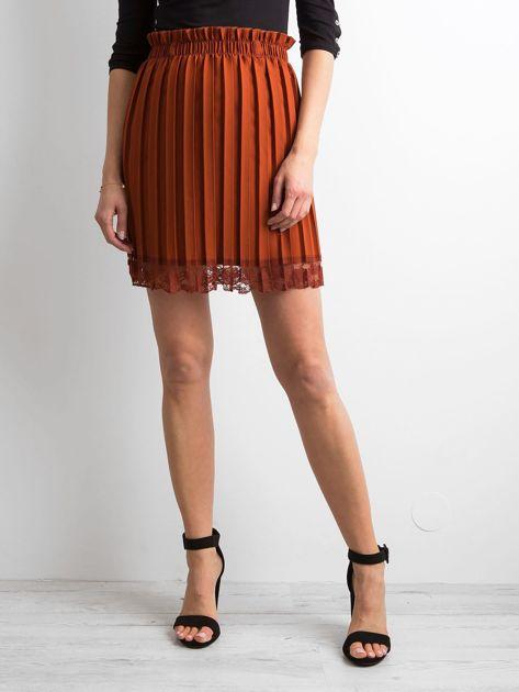 Brązowa plisowana spódnica z koronką                              zdj.                              5