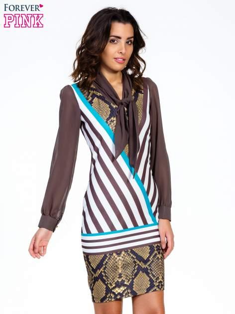 Brązowa sukienka z  wiązaniem przy dekolcie i nadrukiem skóry węża                                  zdj.                                  1