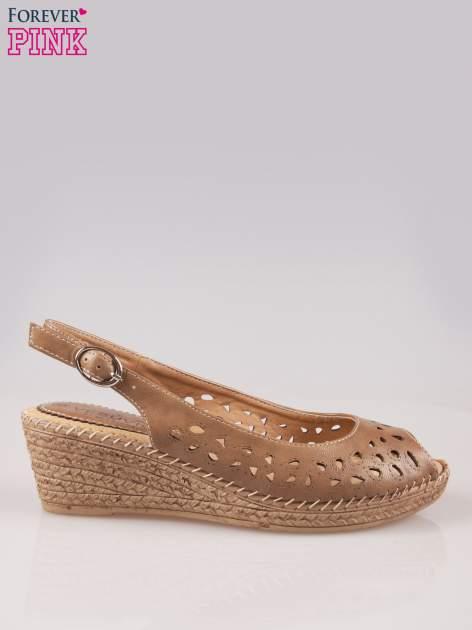 Brązowe ażurowe sandały peep toe na korkowym koturnie