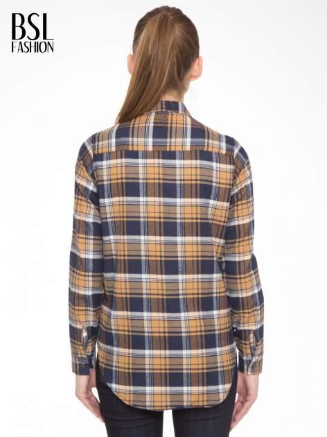 Brązowo-granatowa damska koszula w kratę z kieszonkami                                  zdj.                                  5