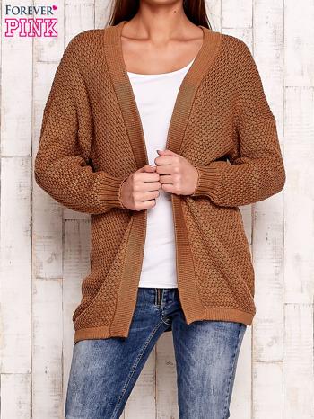 Brązowy fakturowany otwarty sweter                                   zdj.                                  5