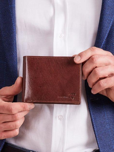 Brązowy poziomy otwarty portfel męski