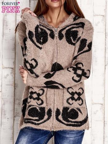 Brązowy sweter long hair z ornamentowym motywem                                  zdj.                                  1