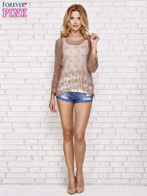 Brązowy szydełkowy sweterek z rozszerzanymi rękawami                                  zdj.                                  2