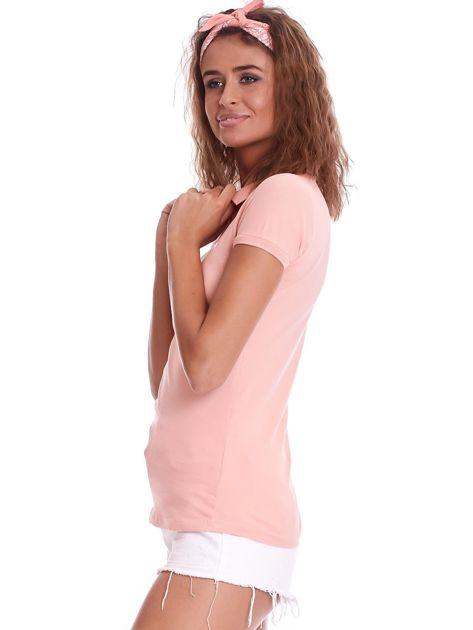 Brzoskwiniowa damska koszulka polo                              zdj.                              3