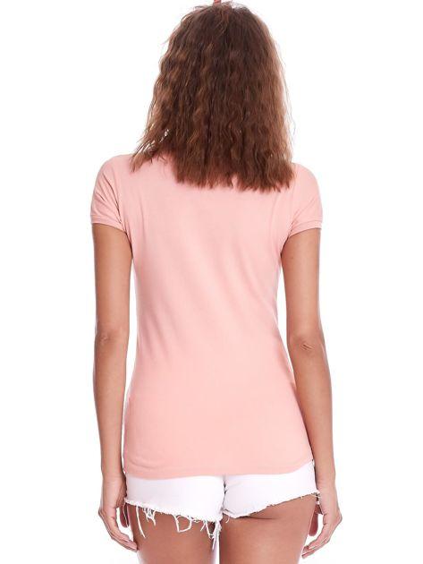 Brzoskwiniowa damska koszulka polo                              zdj.                              2