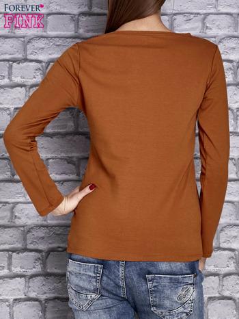 Camelowa bluzka z koronkową wstawką                                  zdj.                                  2