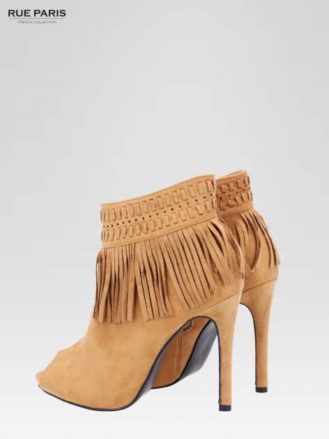Camelowe botki faux suede Suzie open toe z frędzlami w stylu boho                                  zdj.                                  6