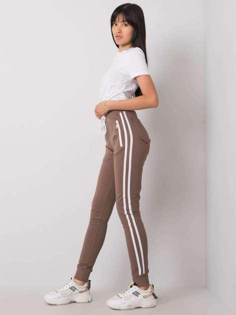 Ciemnobeżowe spodnie dresowe Saffron