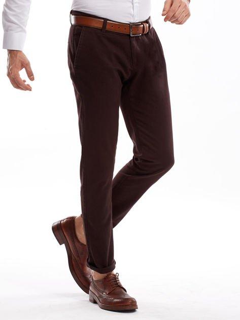 Ciemnobrązowe spodnie męskie chinos                              zdj.                              3