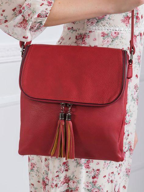Ciemnoczerwona torebka z frędzlami