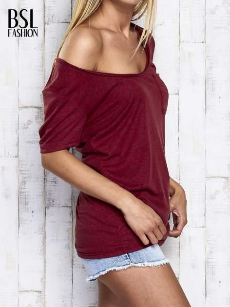 Ciemnoczerwony melanżowy t-shirt z okrągłym dekoltem                                  zdj.                                  4