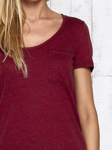 Ciemnoczerwony melanżowy t-shirt z okrągłym dekoltem                                  zdj.                                  7