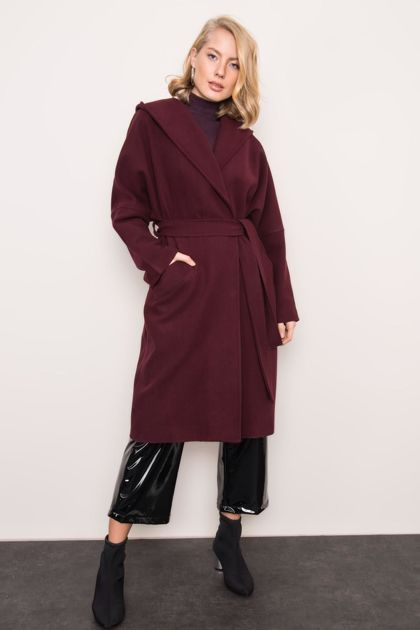 Ciemnofioletowy płaszcz z kapturem BSL