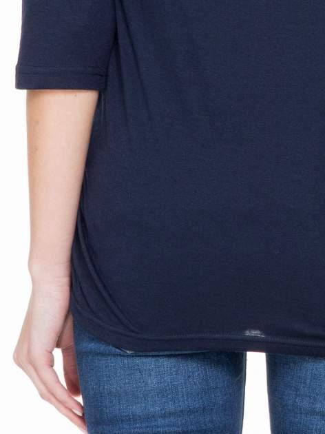 Ciemnogranatowa luźna bluzka z rękawem 3/4                                  zdj.                                  6