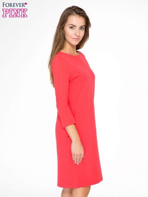 Ciemnokoralowa dresowa sukienka z kieszeniami po bokach                                  zdj.                                  3