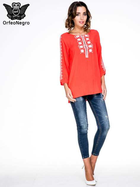 Ciemnokoralowa luźna koszula z haftem                                  zdj.                                  2