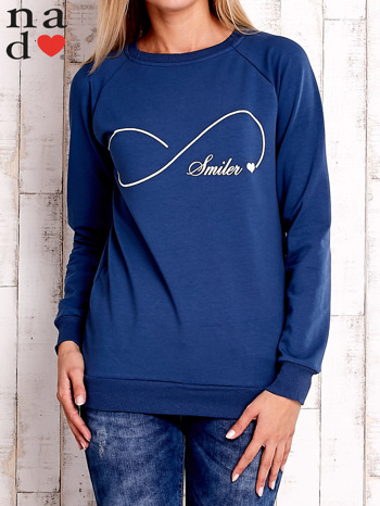 Ciemnoniebieska bluza z napisem SMILER                                  zdj.                                  1