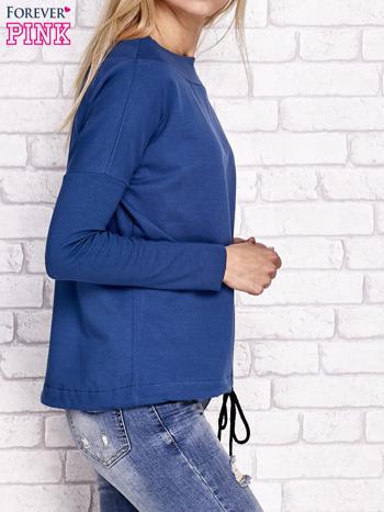 Ciemnoniebieska bluza z szerokim ściągaczem i troczkami                                  zdj.                                  3