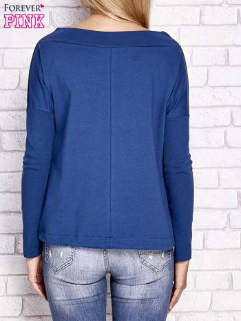 Ciemnoniebieska bluza z szerokim ściągaczem i troczkami                                  zdj.                                  2