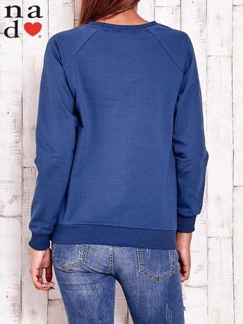 Ciemnoniebieska bluza z wzorem serca                                  zdj.                                  4