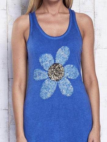Ciemnoniebieska dekatyzowana sukienka maxi z cekinowym kwiatem                                  zdj.                                  5