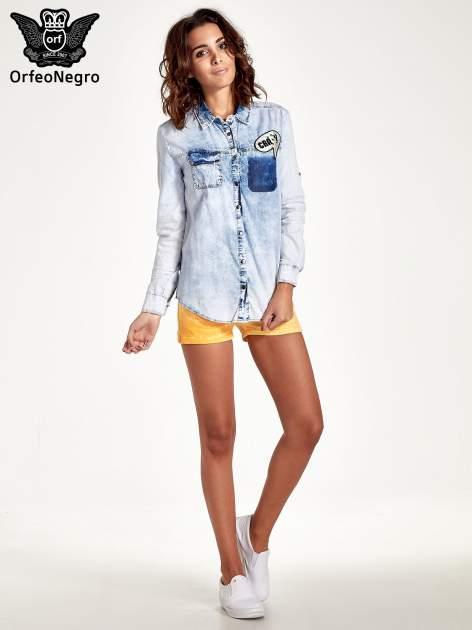 Ciemnoniebieska jeansowa koszula z naszywkami                                  zdj.                                  8
