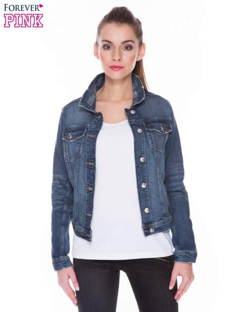 Ciemnoniebieska kurtka jeansowa z efektem przetarcia