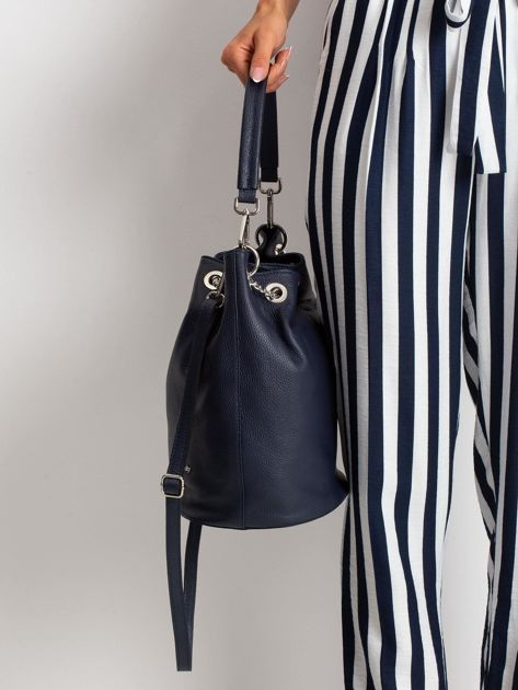 Ciemnoniebieska skórzana torba ze ściągaczem                              zdj.                              2