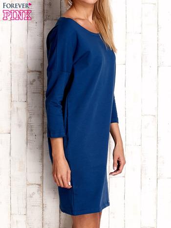 Ciemnoniebieska sukienka oversize                                  zdj.                                  4
