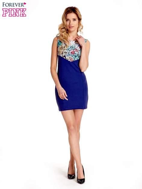 Ciemnoniebieska sukienka z kwiatową koronką                                  zdj.                                  5