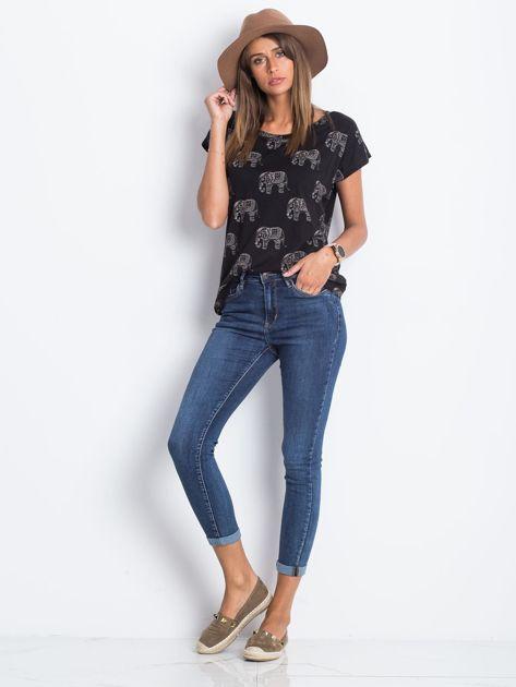 Ciemnoniebieskie jeansy Deluxe                              zdj.                              4