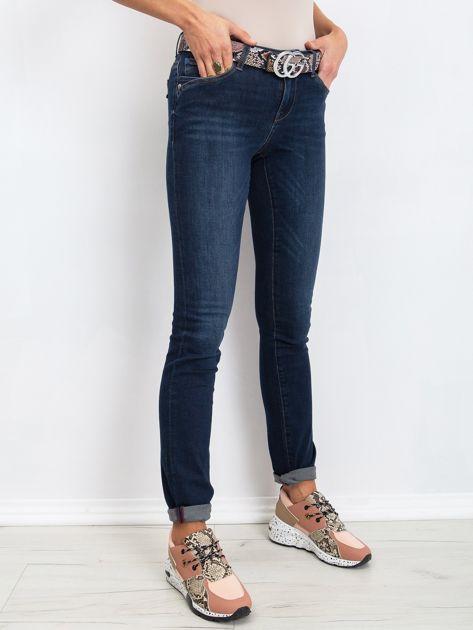 Ciemnoniebieskie jeansy Treat                              zdj.                              3