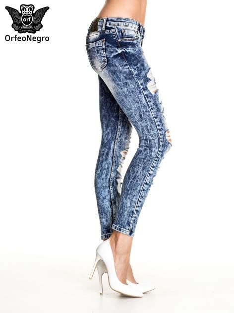 Ciemnoniebieskie spodnie acid wash ripped jeans                                  zdj.                                  3