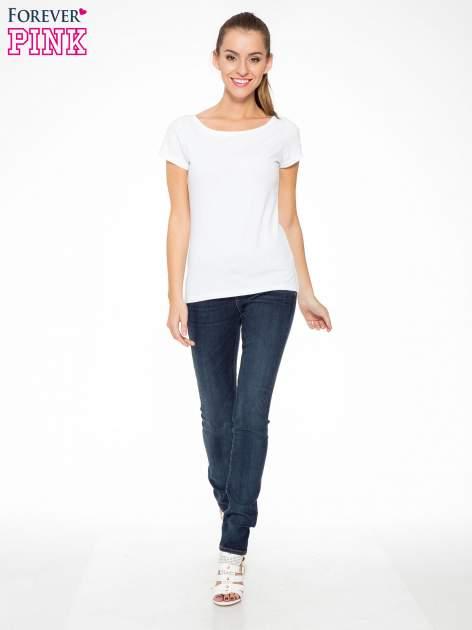 Ciemnoniebieskie spodnie jeansowe rurki                                   zdj.                                  2