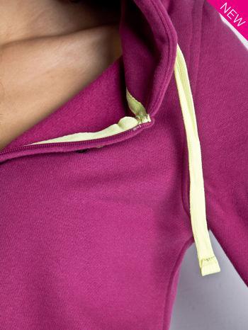 Ciemnoróżowa dresowa bluza sportowa z kapturem                                  zdj.                                  5