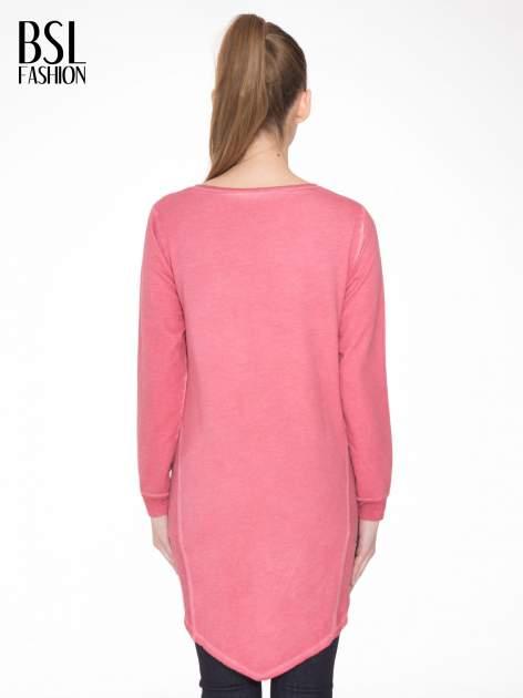Ciemnoróżowa dresowa sukienkotunika z zaokrąglonym dołem                                  zdj.                                  4