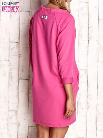 Ciemnoróżowa sukienka z troczkami                                  zdj.                                  4