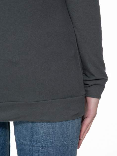 Ciemnoszara bawełniana bluzka z rękawami typu reglan                                  zdj.                                  8