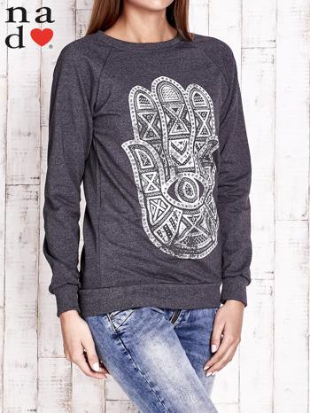 Ciemnoszara bluza z motywem dłoni                                  zdj.                                  3