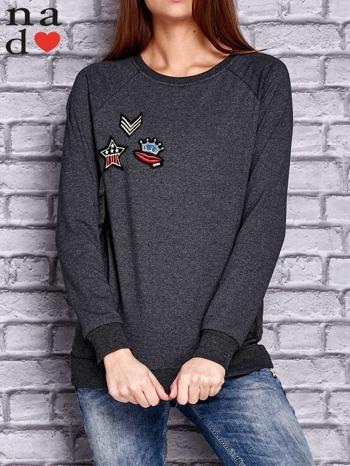Ciemnoszara bluza z naszywkami                                  zdj.                                  1