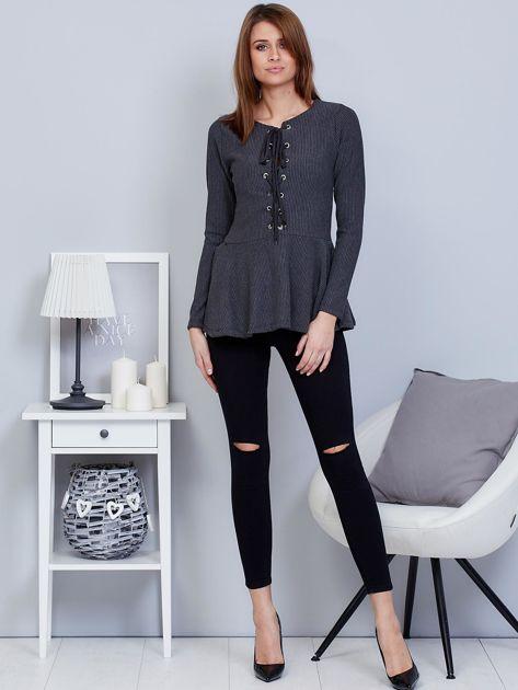 Ciemnoszara bluzka lace up z baskinką                                  zdj.                                  4
