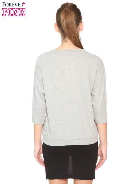 Ciemnoszara bluzka z rękawem 3/4 i lekkim ściągaczem na dole                                  zdj.                                  3