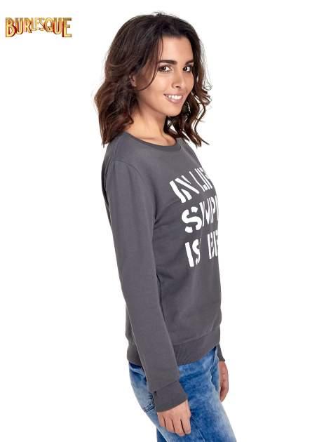 Ciemnoszara klasyczna bluza damska z napisem IN LIFE SIMPLE IS BEST                                  zdj.                                  3