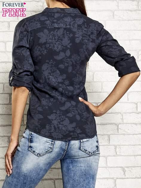 Ciemnoszara koszula z kwiatowym wzorem                                  zdj.                                  5